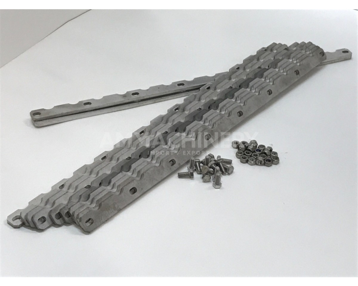 Metal detector roller wear strip kit for Claas® series 494, 497, 498 and 502